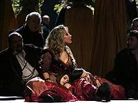 Passioni notturne. Torna alla Scala la Carmen di Emma Dante